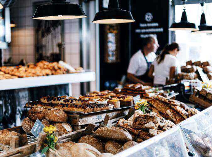 15 business ideas in new york - Bakery or Snacks shop